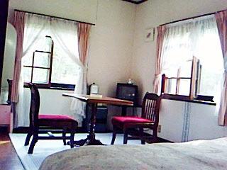 ベッドルーム1 北軽井沢ペンションヴァンベール